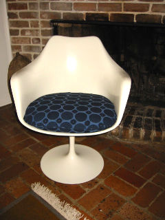 Tulip Chair with Knoll Gibson Upholstery Fabric